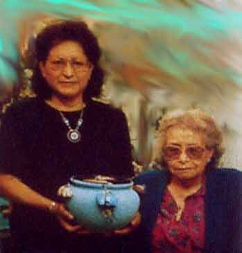Lena Boone and her mother Edna Leki