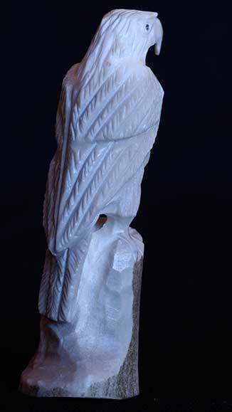 Zuni eagle fetish carvings